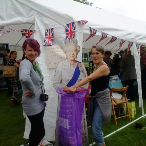 Collecting rubbish with Her Majesty